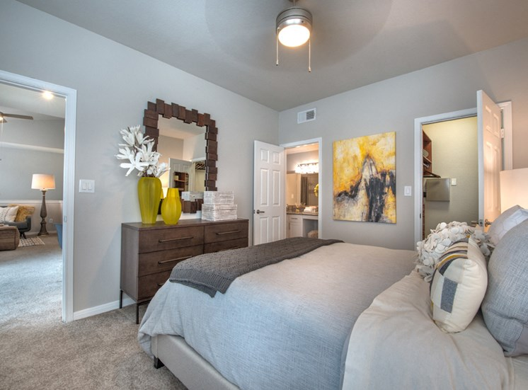 Creekside at Legacy; Apartments for Rent Plano, TX