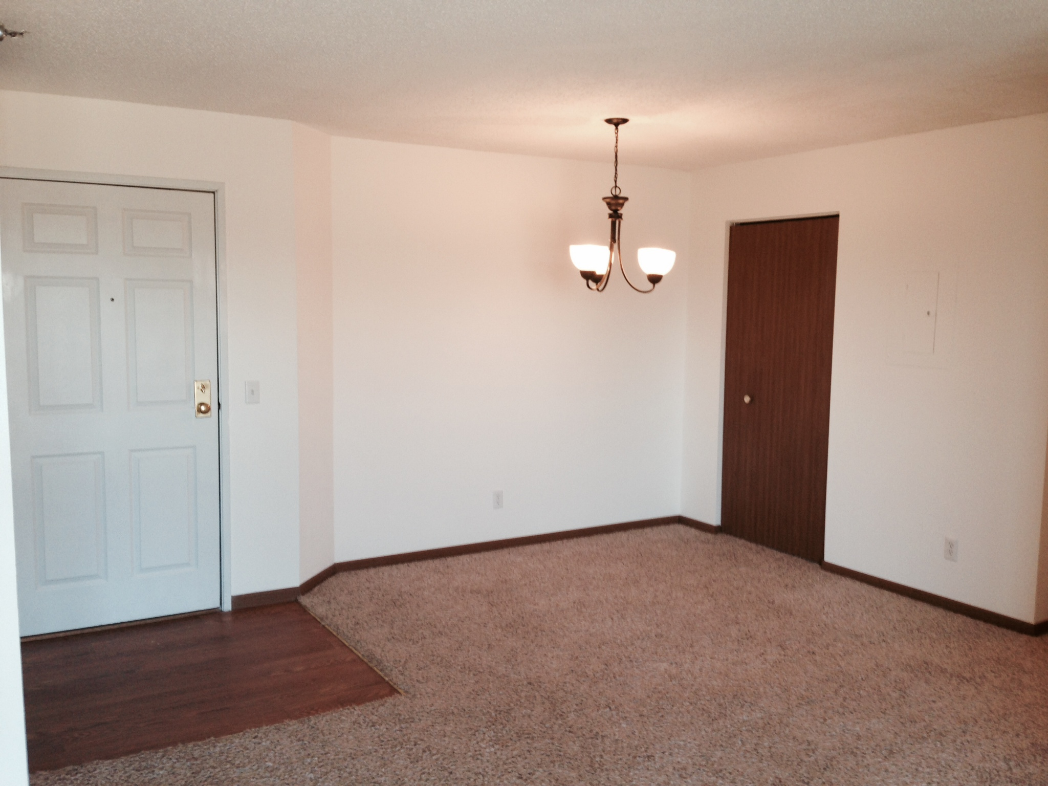Separate Dining Room at Wedgewood Park Apartments, Minnesota