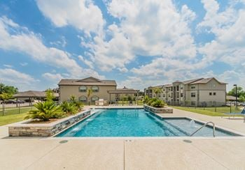 6600 Rivertrail Circle 1-3 Beds Apartment for Rent Photo Gallery 1