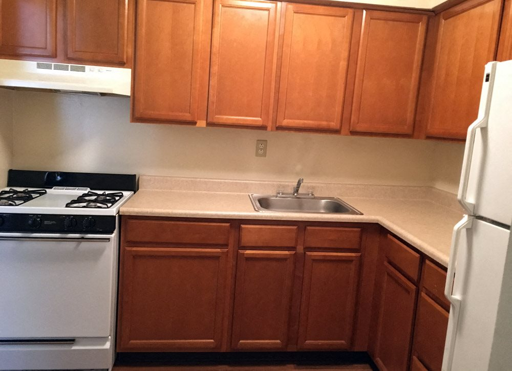 Kitchen at Oakmound Apartments in Clarksburg, WV