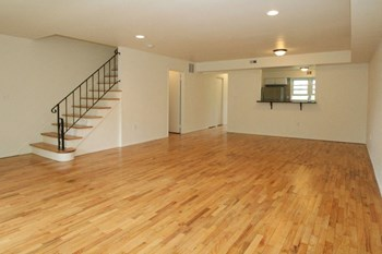 Carriage Way 1-3 Beds Apartment for Rent Photo Gallery 1