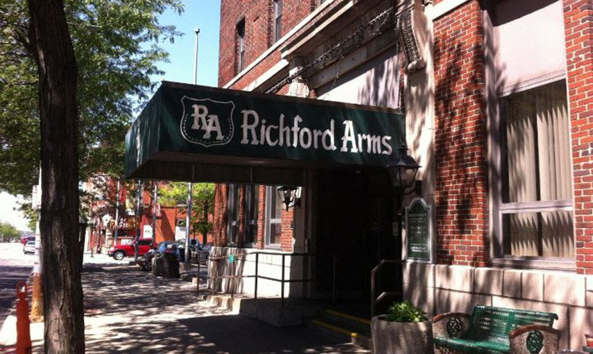 Richford Arms Apartments in Erie, PA