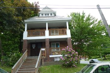 2150 13th St 3 Beds Apartment for Rent Photo Gallery 1
