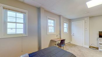 2223 14th St 3 Beds Apartment for Rent Photo Gallery 1