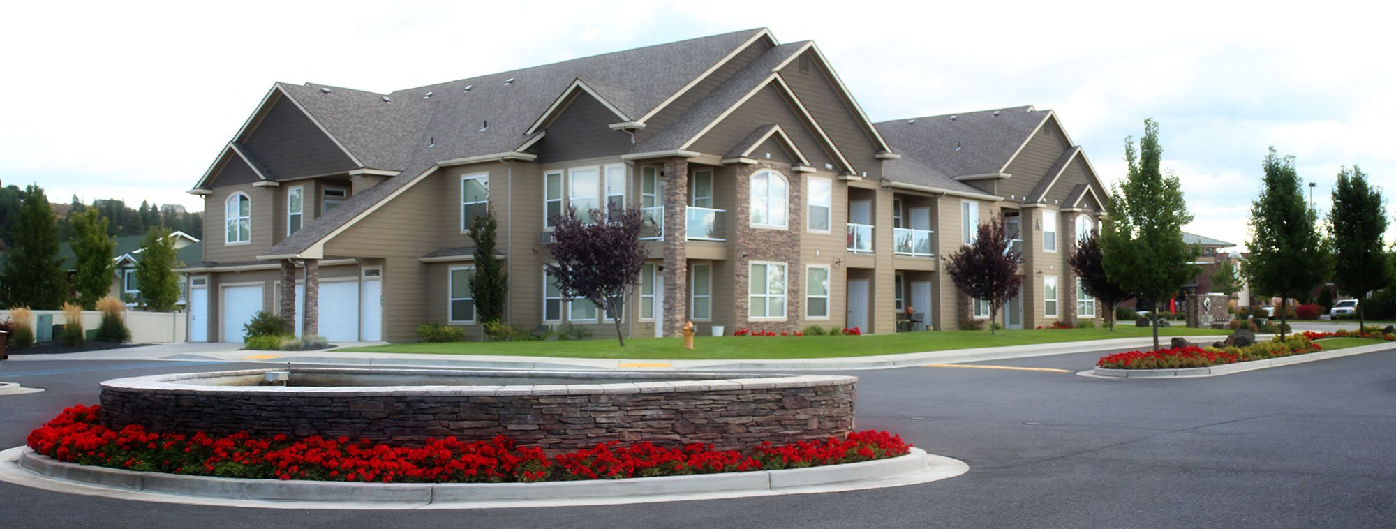The Lusitano Apartments Apartments In Spokane Wa