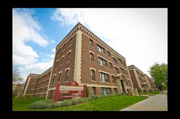 2801 & 2809 Park Avenue South Studio-2 Beds Apartment for Rent Photo Gallery 1