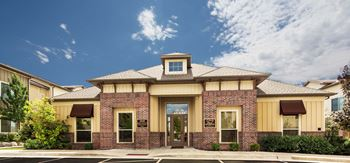 1048 East Liberty Bend Ln 1-3 Beds Apartment for Rent Photo Gallery 1