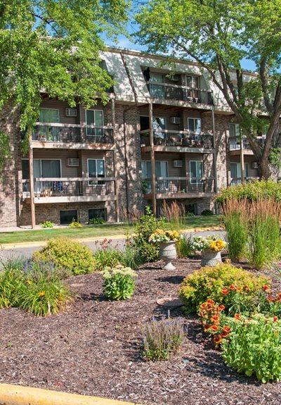 Burnsville Parkway Apartments Apartments In Burnsville Mn