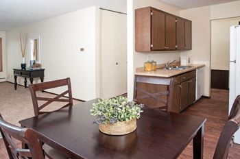 1701 West Burnsville Parkway 1 Bed Apartment for Rent Photo Gallery 1