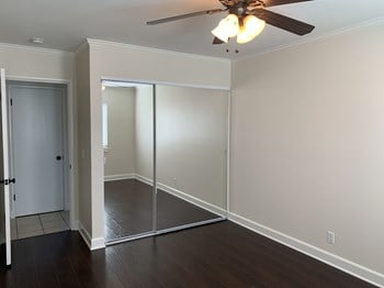 192 Sandra Ct 4 Beds House for Rent Photo Gallery 1