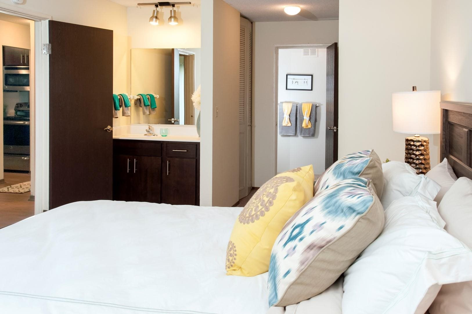 Renovated Executive Suites Available at Terra Pointe Apartments, St. Paul
