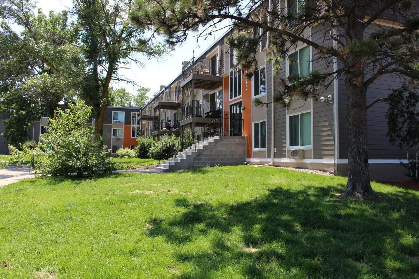 Meticulous Landscaping with Beautiful Scenery at Terra Pointe Apartments, St. Paul, 55119