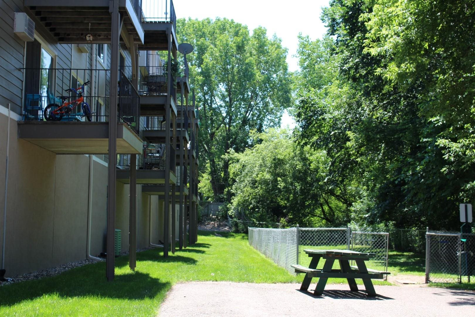 Pets Welcome with Pet Park at Terra Pointe Apartments, St. Paul, MN 55119