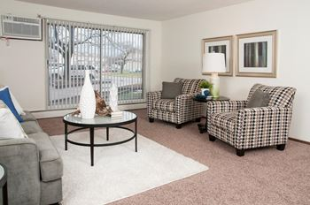 1701 69th Ave North 1-2 Beds Apartment for Rent Photo Gallery 1