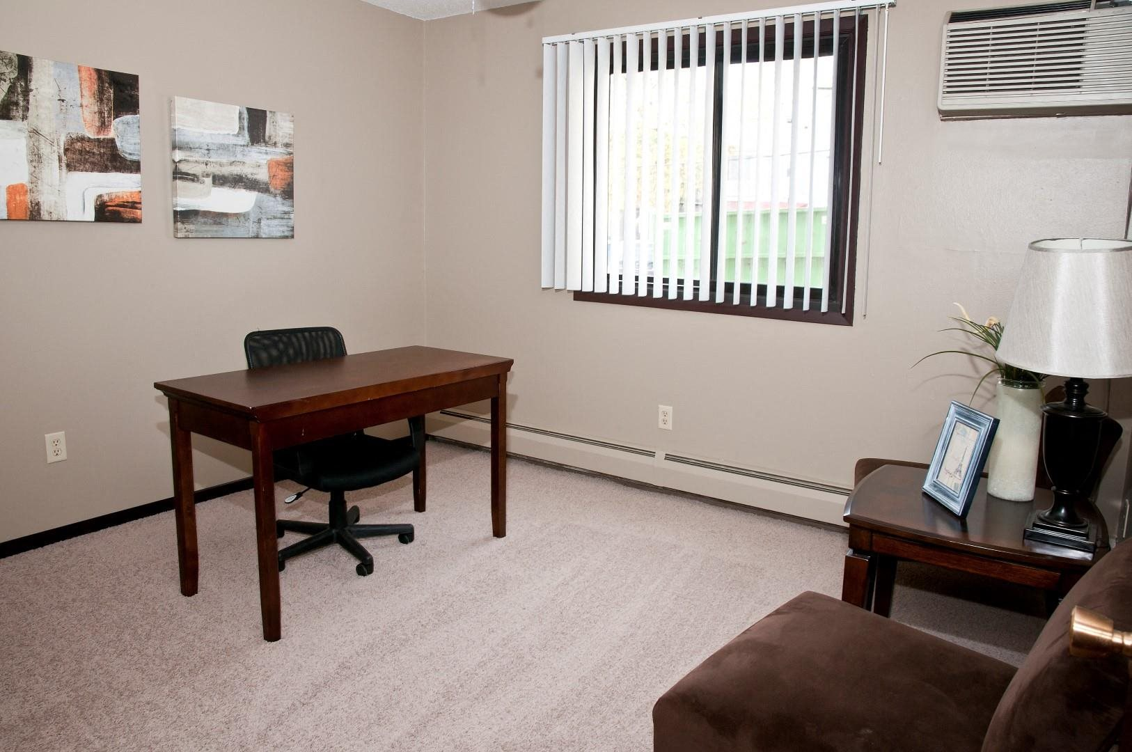 Spacious Carpeted Office in Apartment at 2800 Girard
