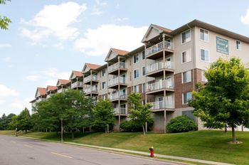 260 Osceola Avenue S 1-2 Beds Apartment for Rent Photo Gallery 1