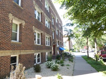 3500 Dupont Avenue S 1 Bed Apartment for Rent Photo Gallery 1