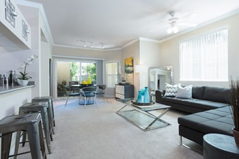 4450 El Centro Road 1-3 Beds Apartment for Rent Photo Gallery 1