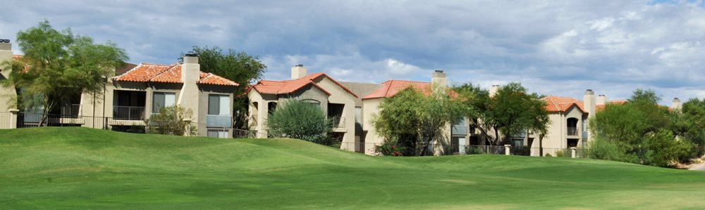 Image of the exterior of our apartments at The Legends at La Paloma in Tucson, AZ
