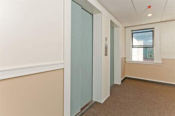 308 4th Ave S Studio 1 Bed Apartment For Rent Photo Gallery 1