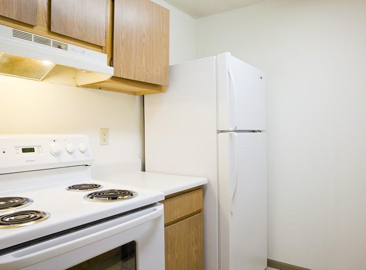 Kitchen  Bradford Woods Apartments in Peoria, IL