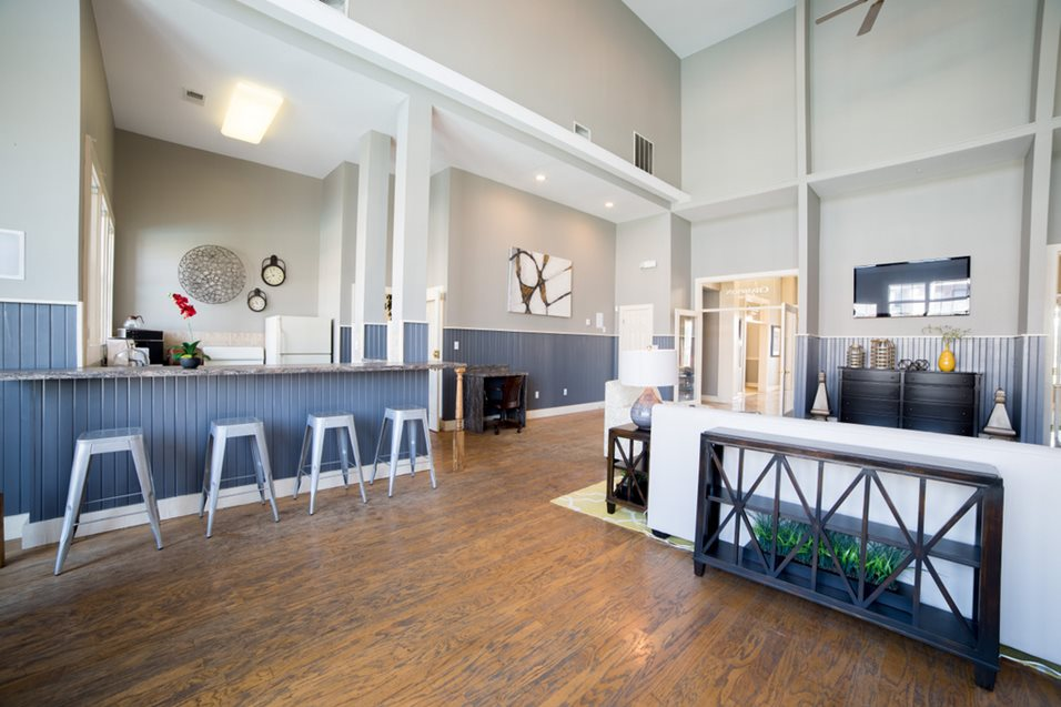 Photos and video of champion farms apartments in - 1 bedroom apartments in louisville ky ...