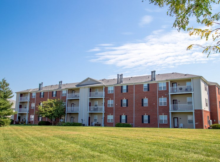 1 Bedroom Apartments, 2 Bedroom Apartments, 3 Bedroom Apartments In Louisville, Champion Farms Apartments in Louisville