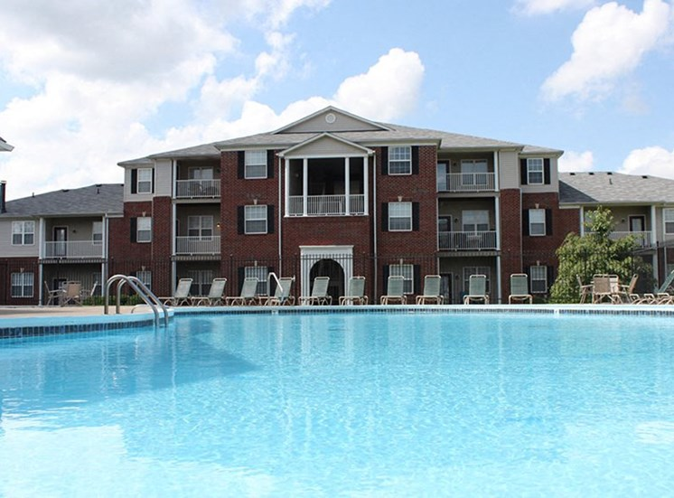 Champion Farms Apartments, Louisville, Kentucky, 3700 Springhurst Blvd Louisville KY, 1 bedroom, 2 bedroom, 3 bedroom, pool, louisville apartments, balcony