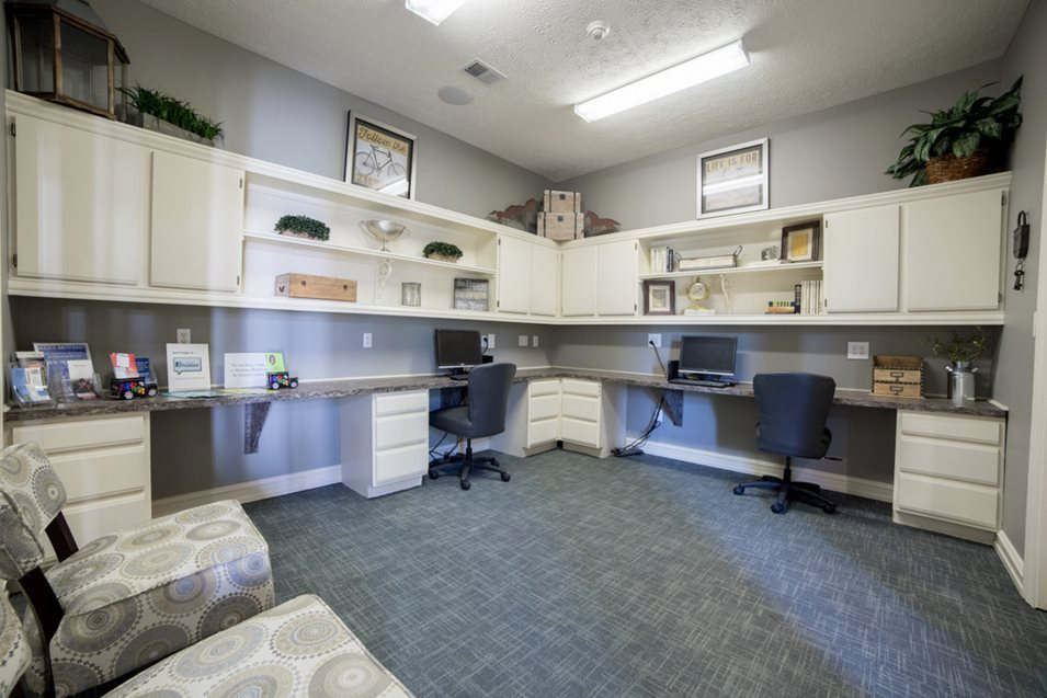 Cool Apartment For Rent In Louisville Ky Champion Farms Photos Download Free Architecture Designs Scobabritishbridgeorg