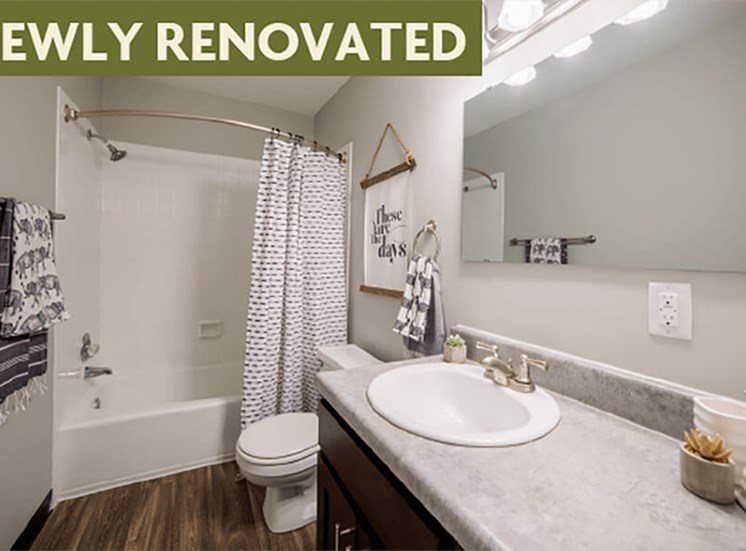 Bathroom with Bathtub at Governor Square Apartments, Carmel, IN, 46032