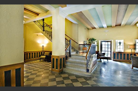 Lobby At The Ambassador Indianapolis Loft Apartments Rental In Indy Rentals New Lofts