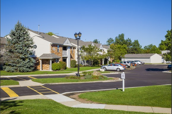 Northlake Farms Apartments in Gurnee, IL offer programs designed to keep rents affordable for moderate income households. Ask us about our income guidelines and how you may qualify. Northlake Farms Apartments is located in Gurnee, Illinois Location: Derby Dr, Gurnee, , IL.