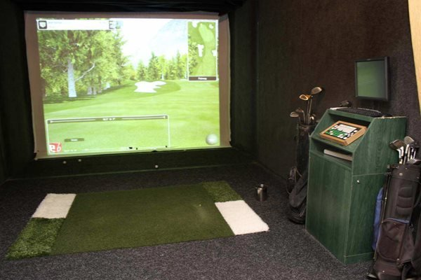 Virtual Golf -Providence at Old Meridian Apartments, Lofts and Townhomes in Carmel, IN