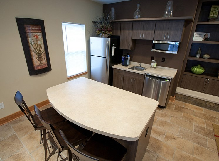Rental with new kitchen- Apartments at Grand Prairie, Peoria, Illinois, 5400 West Sienna Lane Peoria, IL, Clubhouse, Kitchen