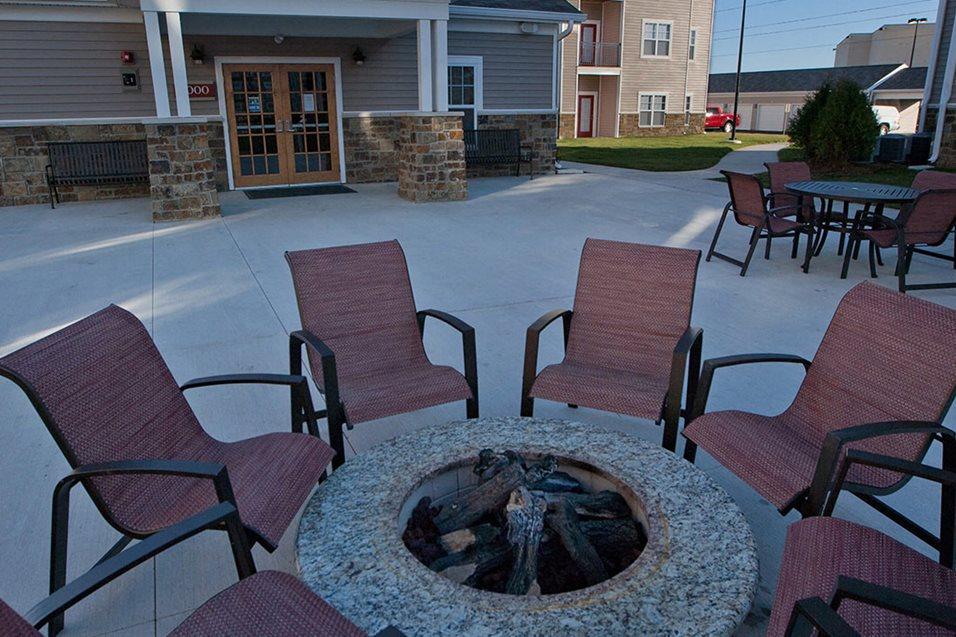 Firepit At Apartments Grand Prairie Peoria Illinois 5400 West Sienna Lane