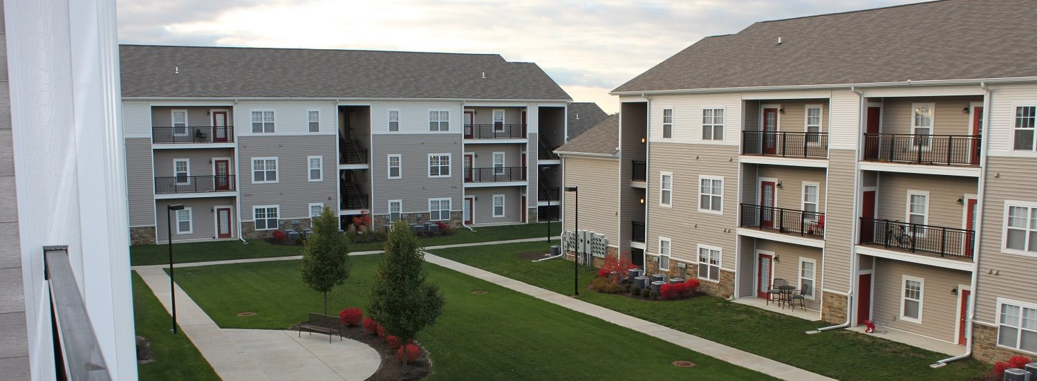 Apartments in peoria il apartments at grand prairie for 3 bedroom apartments in peoria il