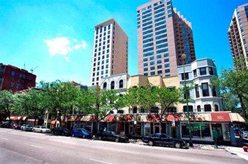 660 - 678 N. Dearborn St. Studio-2 Beds Apartment for Rent Photo Gallery 1