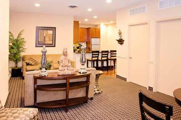 Oglesby Towers Apartments Photo Gallery 17