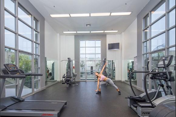 NMS-Warner-Center- Canoga-Park-Luxury-Apartment-Warner-Center-Interior-Fitness-Center-Model2