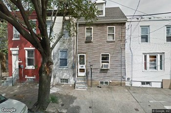 2107 E. Elkhart Street 2 Beds Apartment for Rent Photo Gallery 1