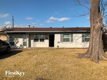 1225 Chapman Dr 4 Beds House for Rent Photo Gallery 1