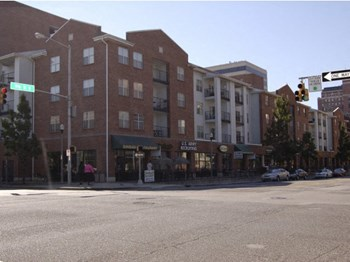401 19th Street South 1-2 Beds Apartment for Rent Photo Gallery 1
