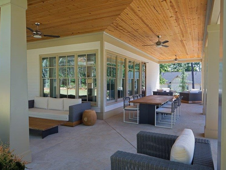Lounge Area at Paces Ridge at Vinings, Atlanta, Georgia