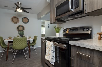 2167 Medford Rd. 1-3 Beds Apartment for Rent Photo Gallery 1