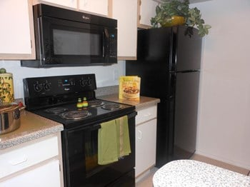 6800 S Cockrell Hill Road 1-3 Beds Apartment for Rent Photo Gallery 1