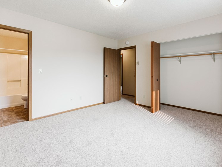Harrison Apartments | 3 Bedroom | Master Bedroom
