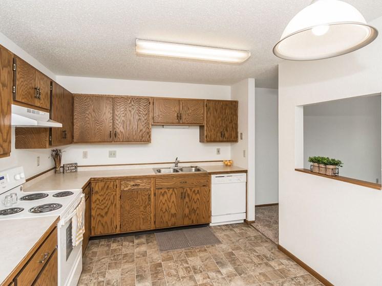 Harrison Apartments | 2 Bedroom | Kitchen