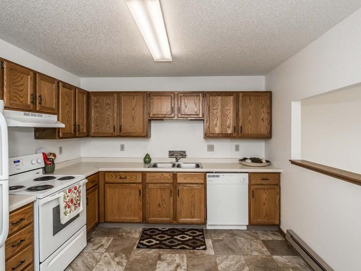Richfield Apartments | 1 Bedroom | Kitchen