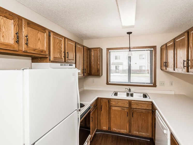 Richfield Apartments | 2 Bedroom | Kitchen
