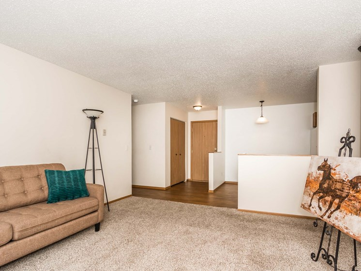 Richfield Apartments | 2 Bedroom 2 Bath | Living & Dining Room
